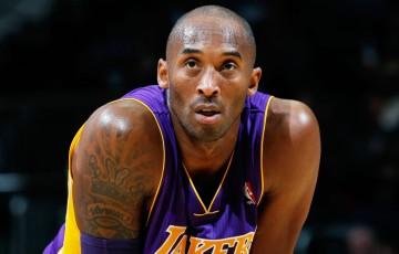Lenda do basquete, Kobe Bryant morre após queda de helicóptero