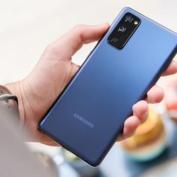 Samsung lança Galaxy S20 FE no Brasil