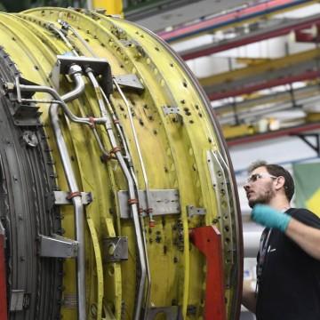 Desempenho da atividade industrial começa a melhorar