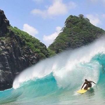 Pesquisa aponta que surfistas e mergulhadores tem potencial para manter turismo sustentável em Noronha