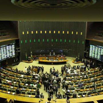 Coronavírus: parlamentares discutem possível suspensão de atividades