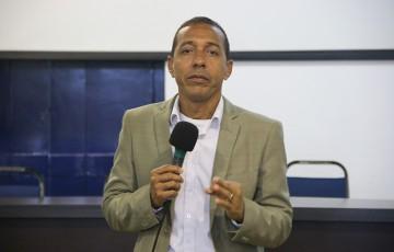 Prefeito de Olinda visita obras do Canal do Fragoso