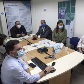 André Longo detalha ações de combate à Covid-19 durante reunião na Alepe