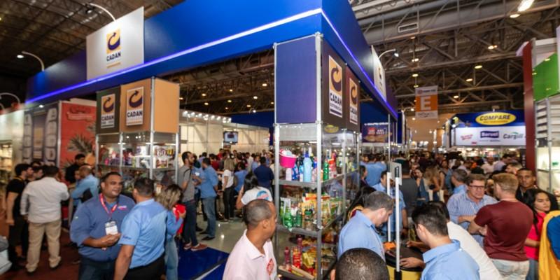 O evento contou com 148 expositores distribuídos em 12 mil metros de feira montada e uma média de  25 mil visitantes