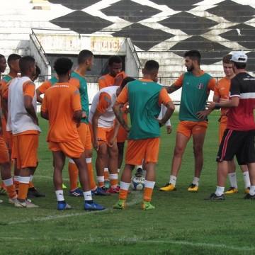 Santa define elenco que disputará Copa Pernambuco