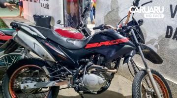 Moto roubada é recuperada pela Polícia Militar em Caruaru