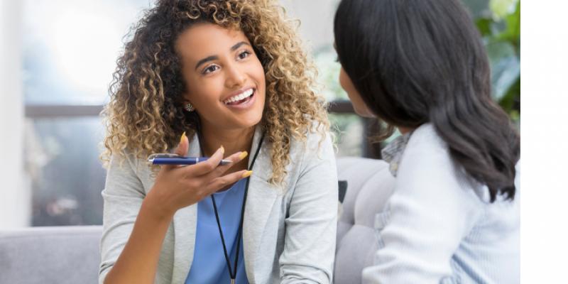 O acompanhamento ou atendimento psicológico oferece recursos para a compreensão do processo de adoecimento e estratégias de enfrentamento.