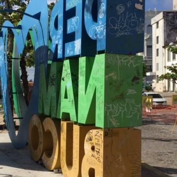 Equipamentos do centro do Recife sofrem com depredação e vandalismo