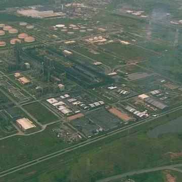 Refinaria Abreu e Lima produz primeiro tanque de gasolina