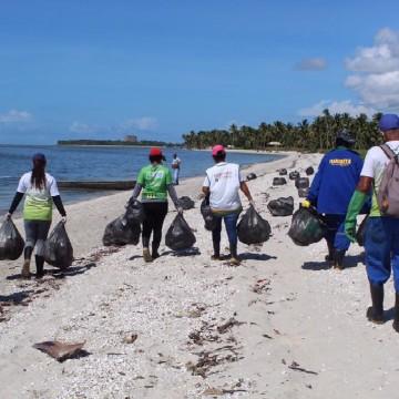 Guarda Municipal de Olinda retira banhistas do mar pelo terceiro dia seguido