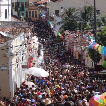 Sobe para 41 o número de notificações de agulhadas no carnaval 2020 em Pernambuco