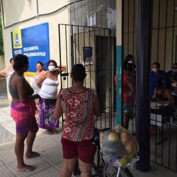 Estudantes da rede municipal do Recife devem receber cesta básica além dos kits merenda