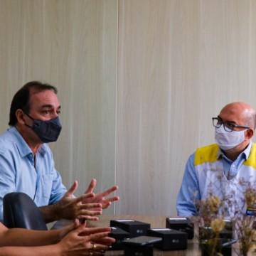 Recife entrega mais de 100 smartphones para profissionais da Vigilância Sanitária