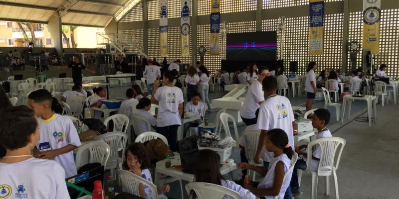 A iniciativa reúne cerca de 500 estudantes