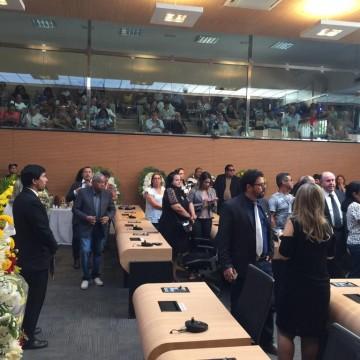 Parlamentares se despedem do vereador Carlos Gueiros, falecido no último domingo