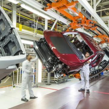 Indústria de PE tem maior crescimento do Brasil em julho