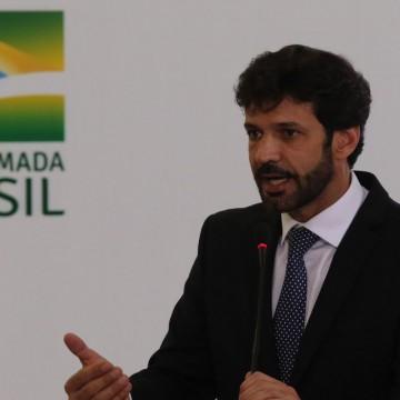 Marcelo Álvaro é exonerado do Ministério do Turismo