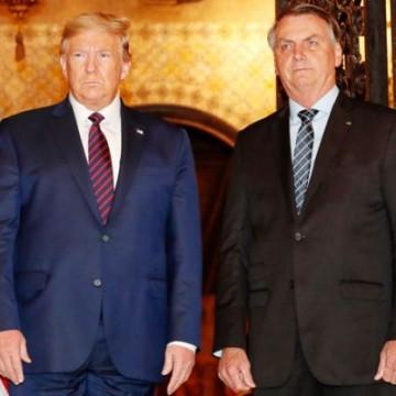 Depois de encontro com Trump, Bolsonaro assina acordo com militares dos EUA