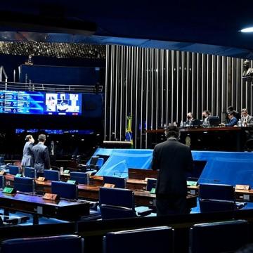 Senado aprova revogação da Lei de Segurança Nacional