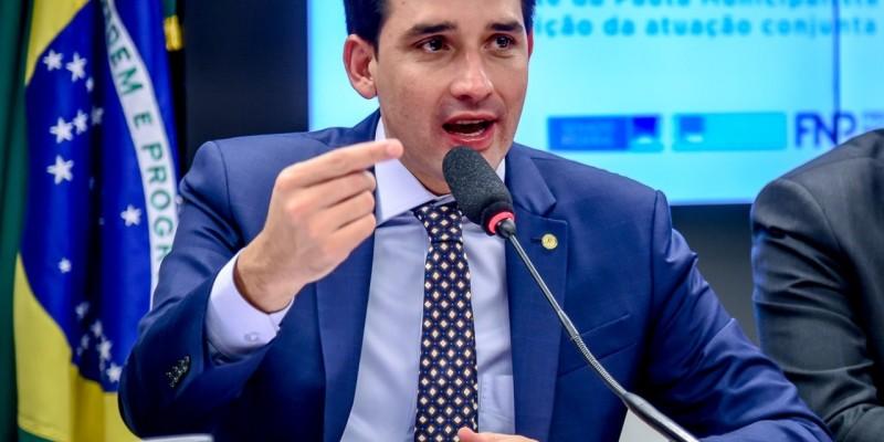 Projeto garante repasses iguais ao de 2019 do FPE e FPM