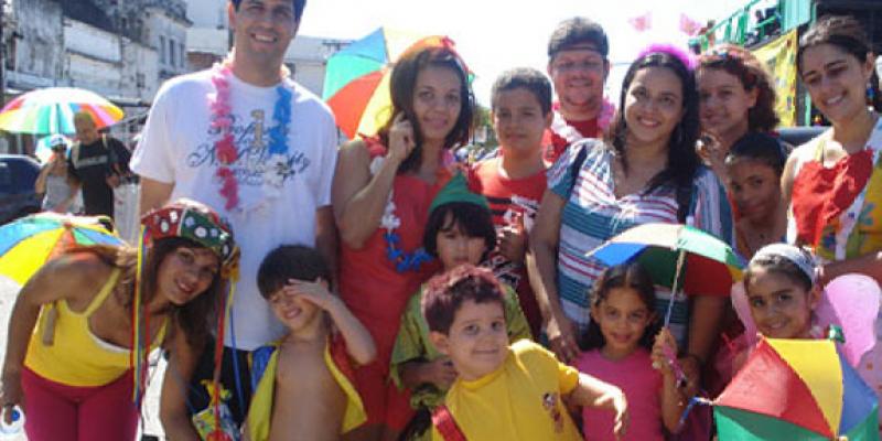 Programação ocorre em Recife e Olinda, com promessa de animar crianças, adultos e idosos