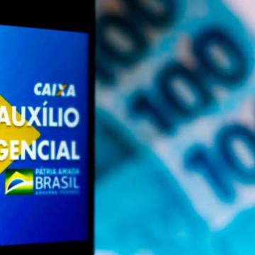 Governo cria site para que beneficiários irregulares devolvam dinheiro do auxílio emergencial