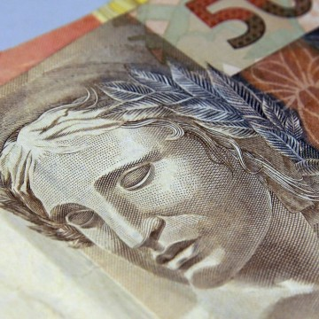 Especialistas destacam importância de se ter reserva financeira