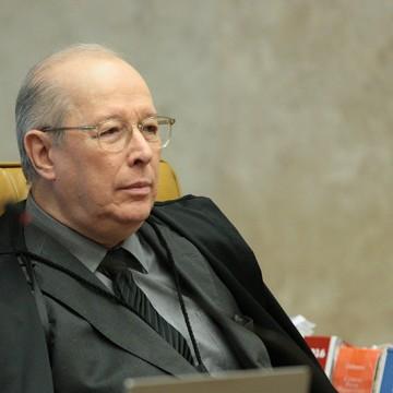 """Decano do STF diz que Bolsonaro """"miniminiza perigosamente a Constituição"""""""