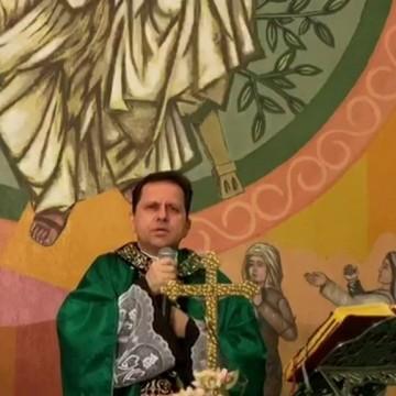 Missa virtual do menino Miguel foi acompanhada por cerca de 4 mil pessoas