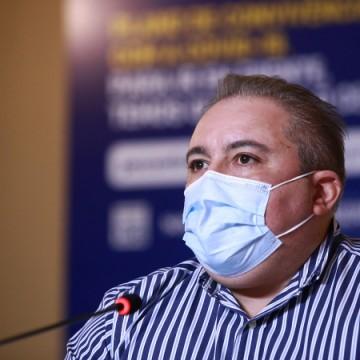 Secretário de Saúde nega falta de medicamentos do kit intubação para pacientes com a Covid-19