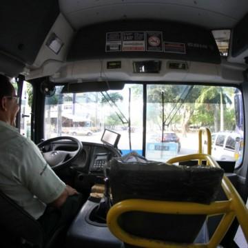 Ministério Público cobra implantação de monitoramento de ônibus da Região Metropolitana