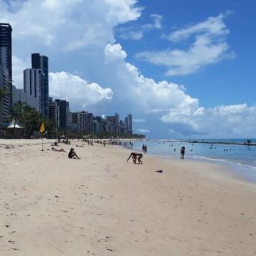 Sexta-feira Santa registra movimento abaixo do esperado nas praias da RMR