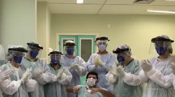 Pacientes receberam alta da UTI-Covid-19 do HMV