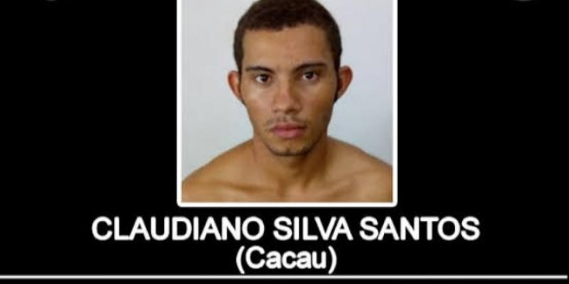 O homem é considerado criminoso de alta periculosidade, sendo também suspeito de matar um radialista no centro de Santa Cruz do Capibaribe no dia 21 de Março
