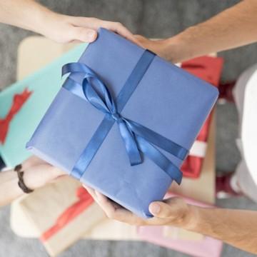 Procon Recife orienta sobre a troca de presentes de fim de ano