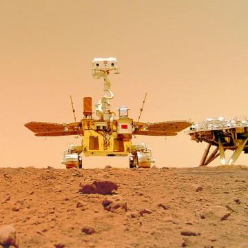China publica imagens em cores da superfície de Marte