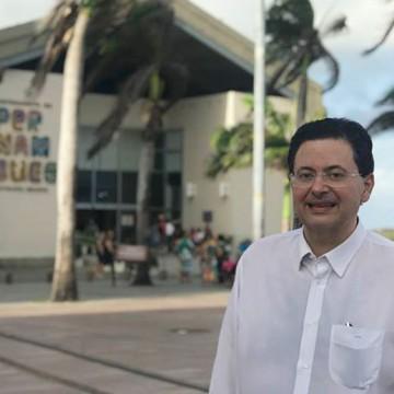 Campos faz palestra em Olinda e diz que não se candidatará a prefeito