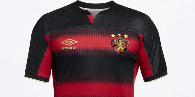 Seguindo as tradições do clube, o uniforme tradicional um, o rubro-negro, apresenta listras horizontais, com o preto predominando