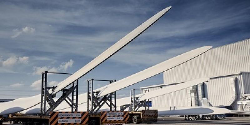 Após amargar queda nas encomendas e demissões, as quatros indústrias instaladas em Suape, como a LM Wind Powers (foto), já falam em ampliar quadro de funcionários
