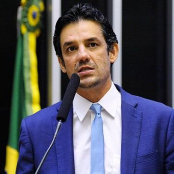 Daniel Coelho convida Tábata Amaral para se filiar ao Cidadania