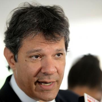 Justiça Eleitoral arquiva denúncia de Bolsonaro contra Haddad
