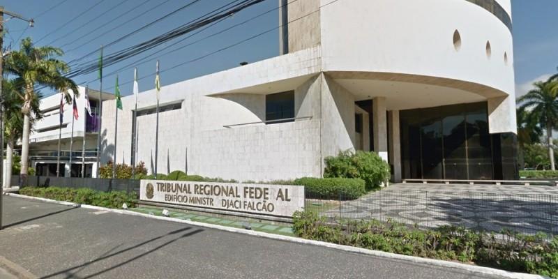 A ação seria executada depois do TRF-5, barrar um pedido do Governo Federal de ficar com ventiladores pulmonares da gestão do prefeito Geraldo Júlio