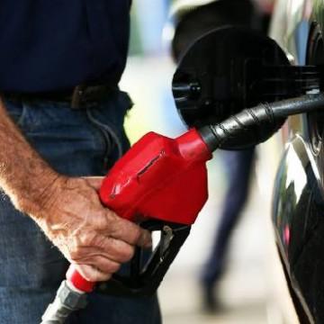 Preço da gasolina apresenta quarta queda somente em 2020