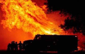 Incêndio Catastrófico Causa Pânico na Costa Oeste dos EUA