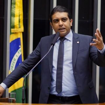 Fernando Rodolfo (PL-PE) comenta sobre cenário político atual e atividades no legislativo