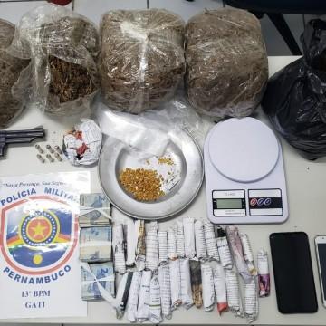 Casal é detido no Recife com drogas, armas e munições