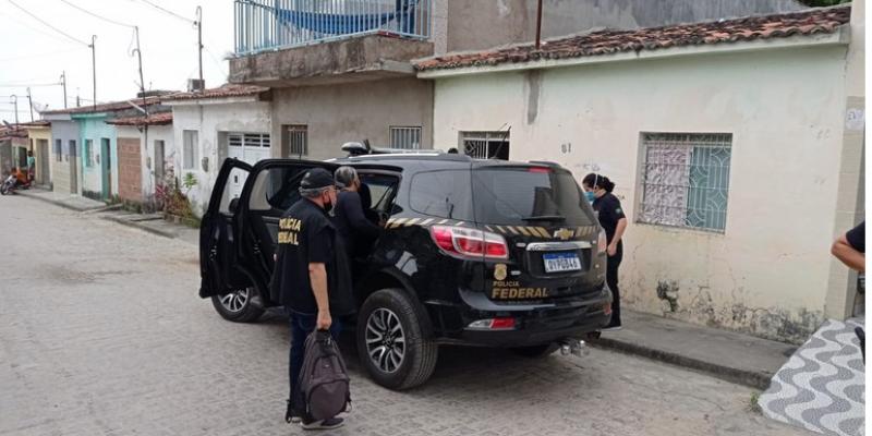 Foram cumpridos mandadosde busca e apreensão em 13 endereços de Águas Belas, Garanhuns e Caruaru, no Agreste, e no Recife