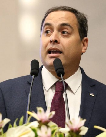 Governadores do Nordeste vão à Europa buscar investimento