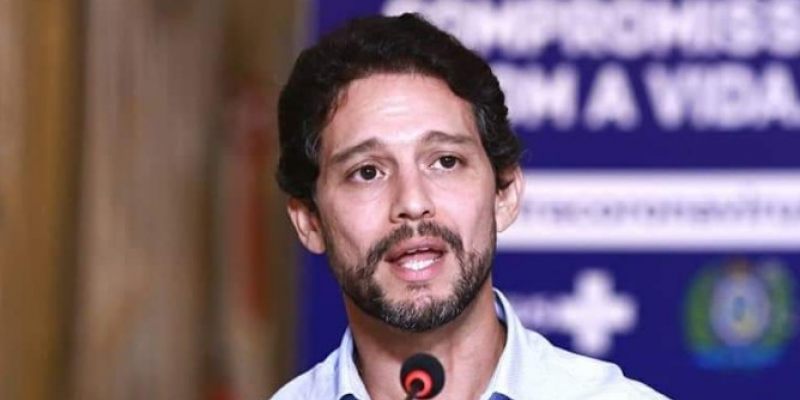 Em fala à assessoria de imprensa, Antônio de Pádua disse que o isolamento em caruaru teve picos acima dos 50% nesta semana. Medidas restritivas seguem até o domingo (05)