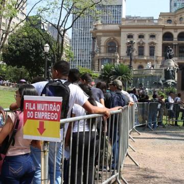 IBGE estima que desempregados no Brasil são 14,4 milhões